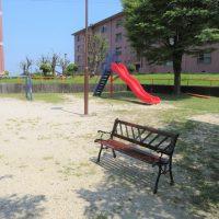 敷地内に公園があります(外観)