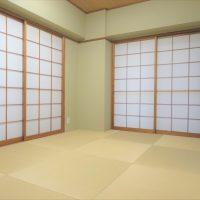 縁なし畳のモダンな和室(内装)
